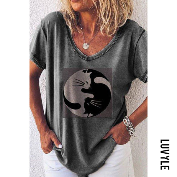 Gray Women's Round Neck Short Sleeve Printed Collage Loose T-Shirts Gray Women's Round Neck Short Sleeve Printed Collage Loose T-Shirts