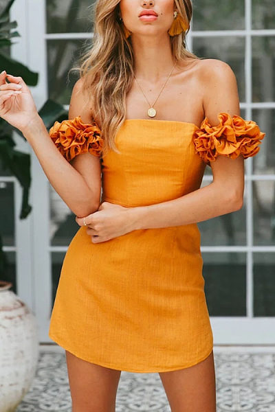 https://www.luvyle.com/off-shoulder-backless-plain-extra-short-sleeve-bodycon-dresses-p-39624.html