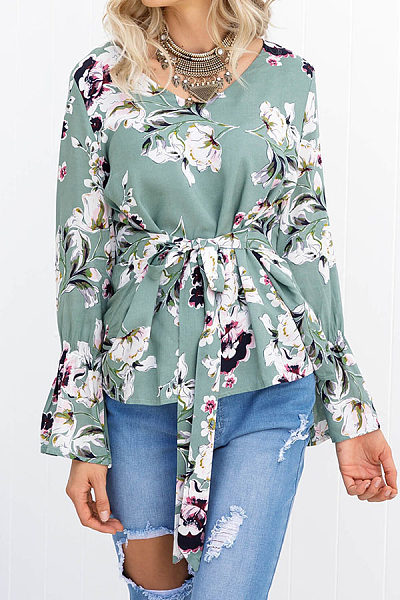 Round Neck  Belt  Floral Printed  Bell Sleeve  Blouses