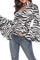 V Neck  Animal Printed  Bell Sleeve  Blouses