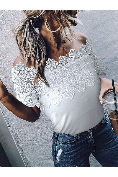 Sweet Off-Shoulder Lace Splicing Hollow Out Top