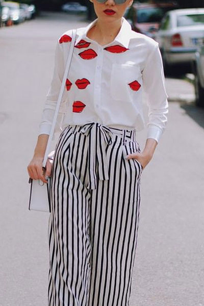 A Lapel Lips Long Sleeve Casual Blouse