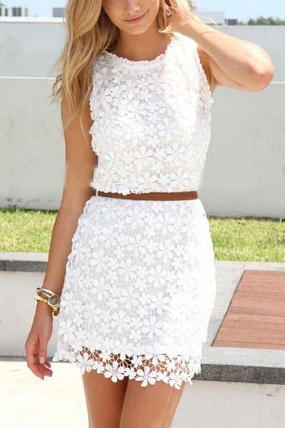 Lace Round Neck Sleeveless Bodycon Dresses