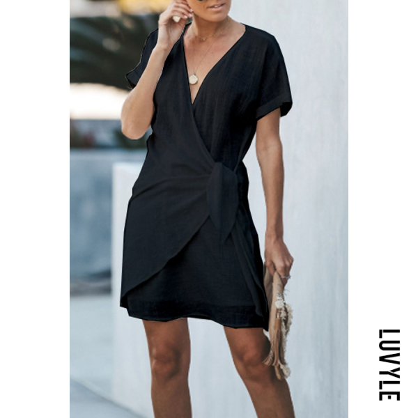 Black V Neck Plain Short Sleeve Bodycon Dresses Black V Neck Plain Short Sleeve Bodycon Dresses