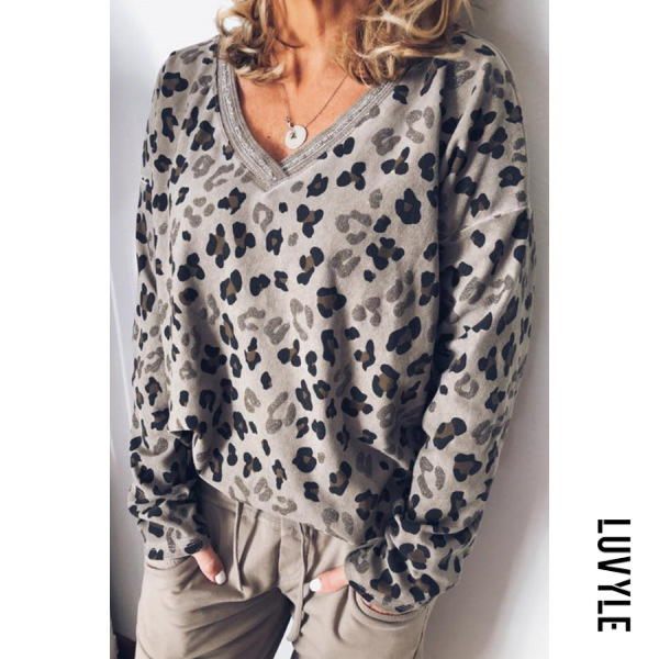Khaki Casual V Neck Long Sleeve Leopard T-Shirt Khaki Casual V Neck Long Sleeve Leopard T-Shirt