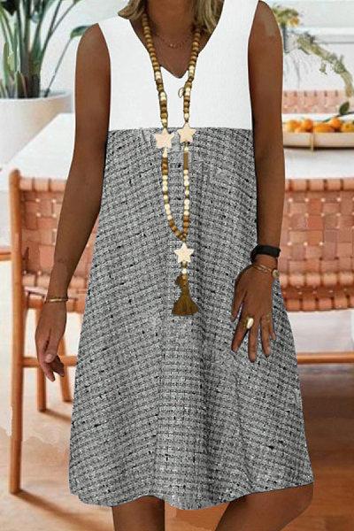 Plus Size Print V Neck Sleeveless Mini Dress