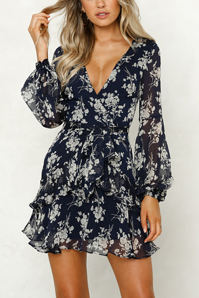 Deep V Neck  Abstract Print  Long Sleeve Skater Dresses