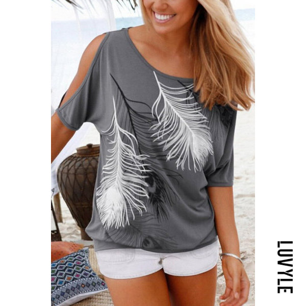Gray Fashion Round Neck T-Shirt With Contrast Feather Pattern Gray Fashion Round Neck T-Shirt With Contrast Feather Pattern